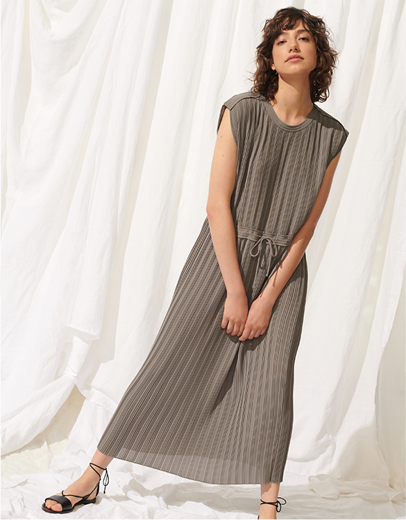 a7a5db7d3024b Club Monaco: Designer Men's & Women's Clothing